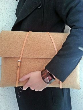 DIY: Cork Laptop Sleeve