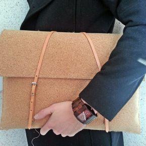 DIY: Cork LaptopSleeve